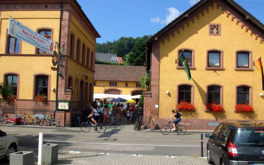 Wein- und Sektfest in der Hambacher Schloss Kellerei