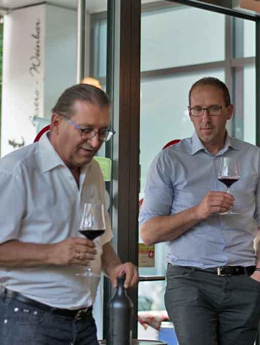 Sommelier Peter Lackner und Winzer Ronny Kiss präsentieren ihr einzigartiges Weinprojekt.